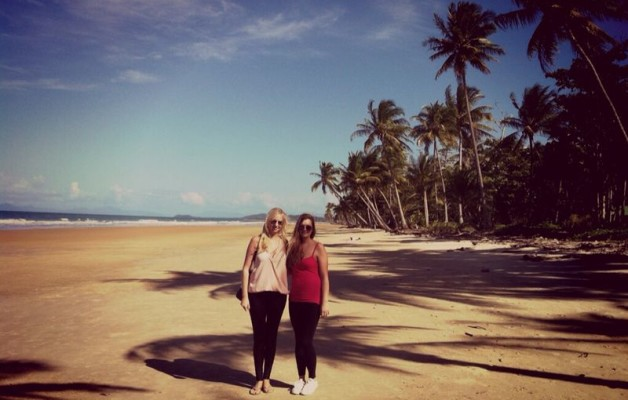 Mareike and Steffy aprendiendo Inglés en Cairns (english)